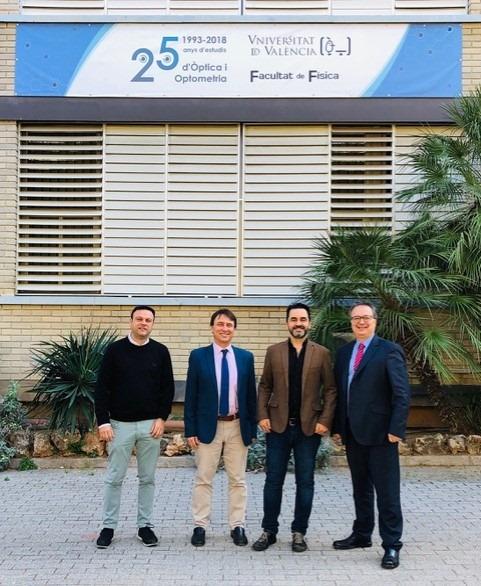 El COOCV y la Universidad de Valencia se reúnen para ofrecer nuevas ventajas y beneficios a los alumnos del Grado de Óptica y Optometría