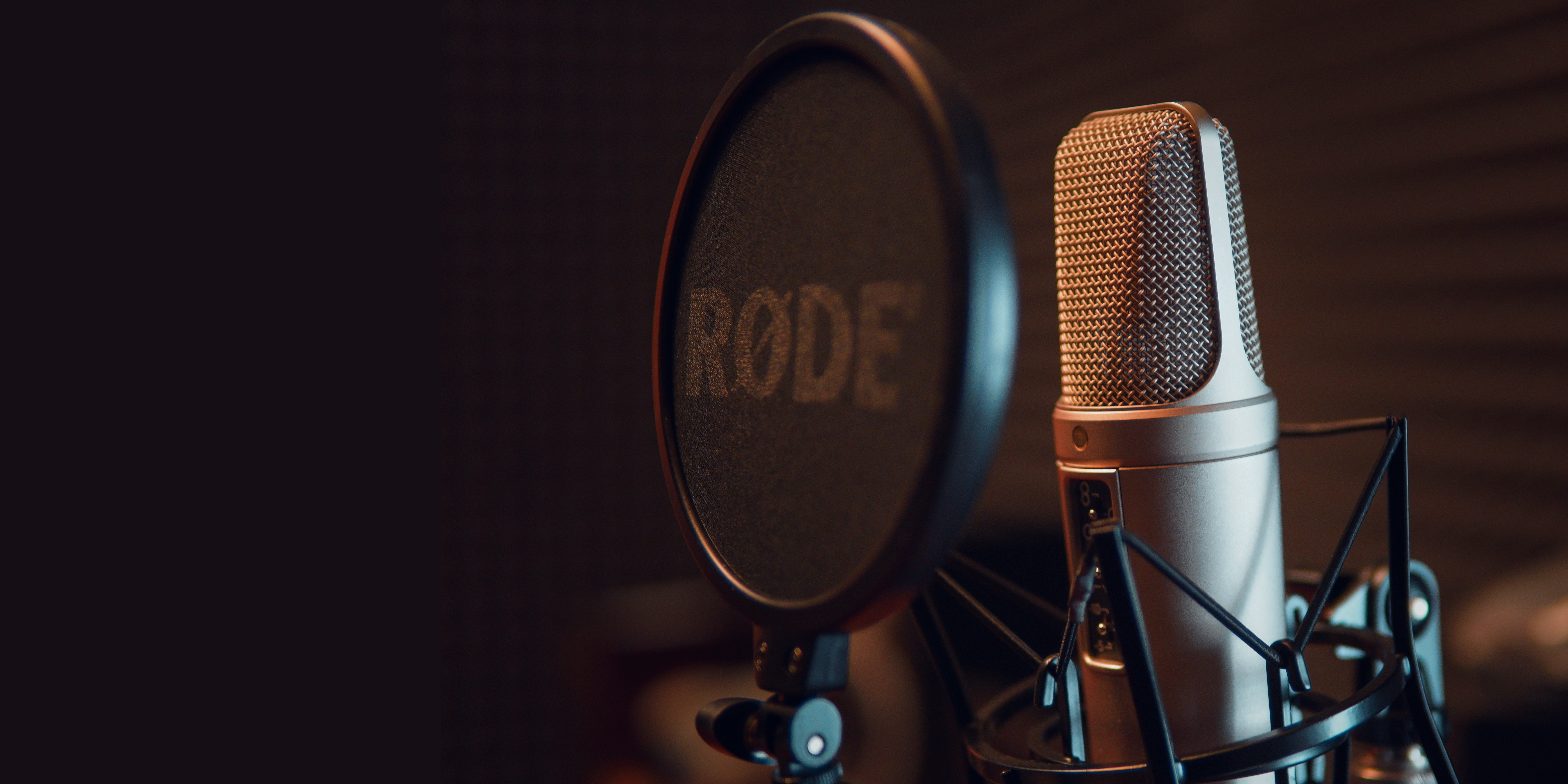 🎙 COMIENZA LA CAMPAÑA DE CONCIENCIACIÓN SOBRE LA MIOPÍA CON LA EMISIÓN DE MÁS DE 100 CUÑAS RADIOFÓNICAS 📟